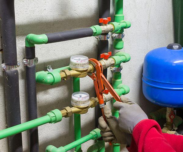 Замена и установка счётчиков воды