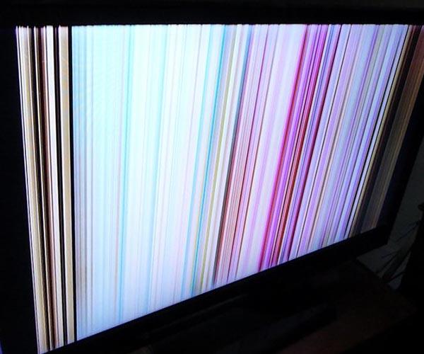 Вертикальные полосы на экране телевизора